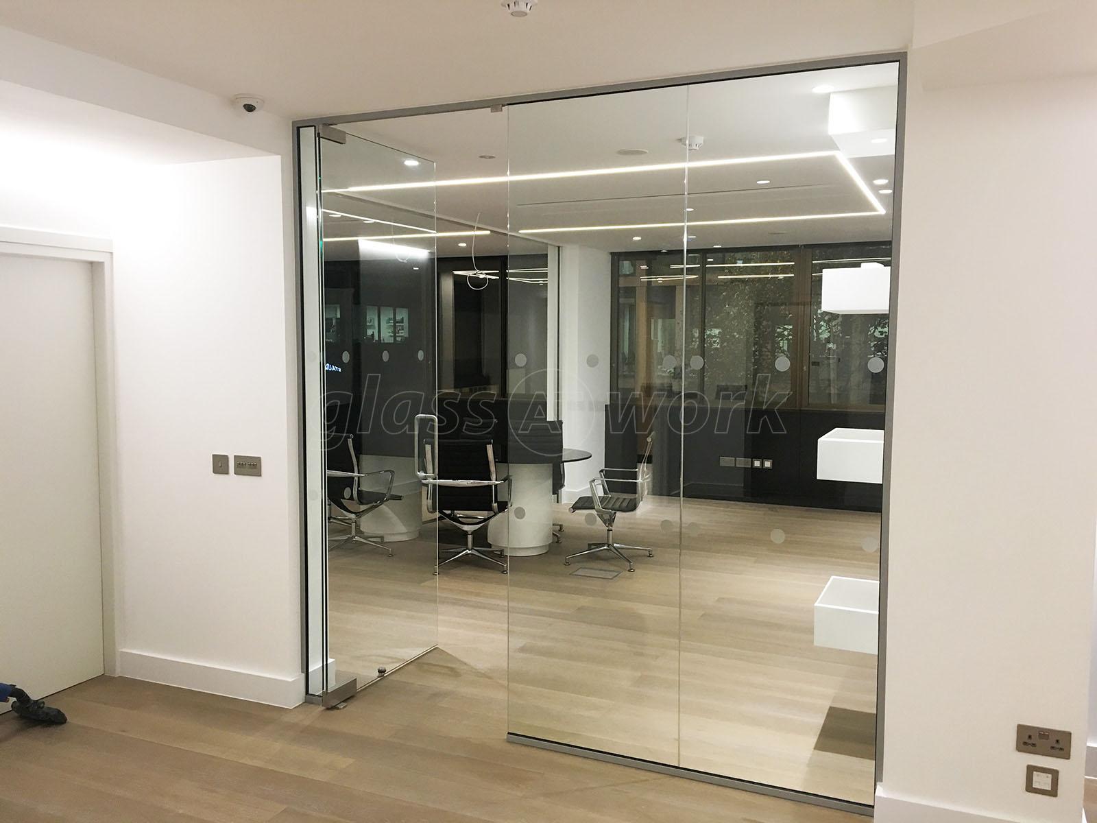 contemporary glass office. London Villa Ltd (London): Contemporary Glass Office C