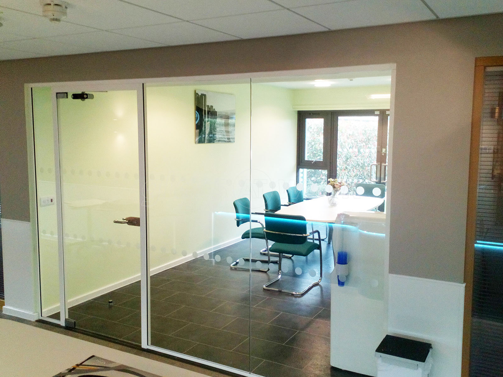 Single Glazed Frameless Glass Office Partitioning