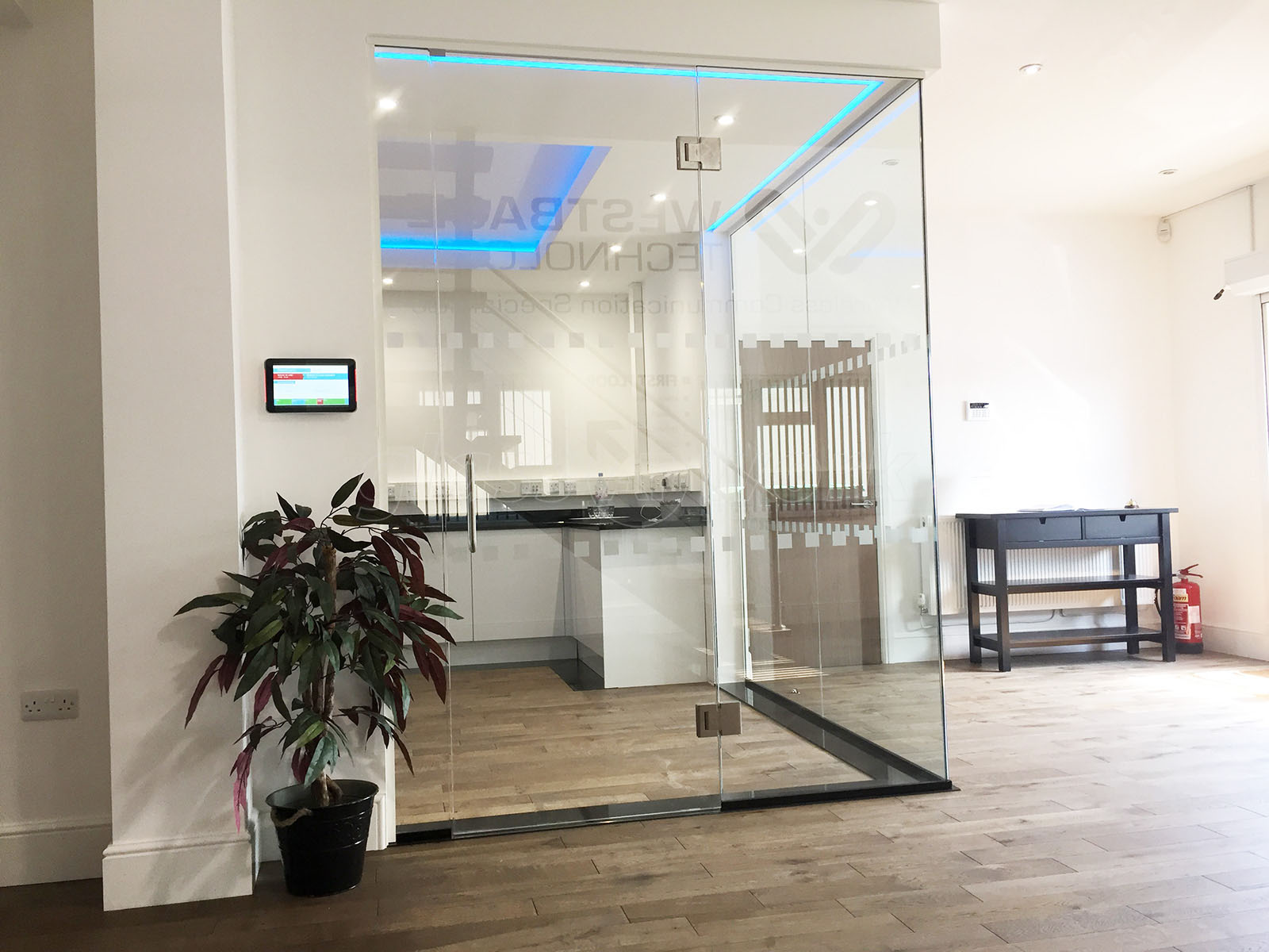 Glass to glass door hinges - Westbase Technology Ltd Monmouthshire Frameless Glass Corner Room With Glass To