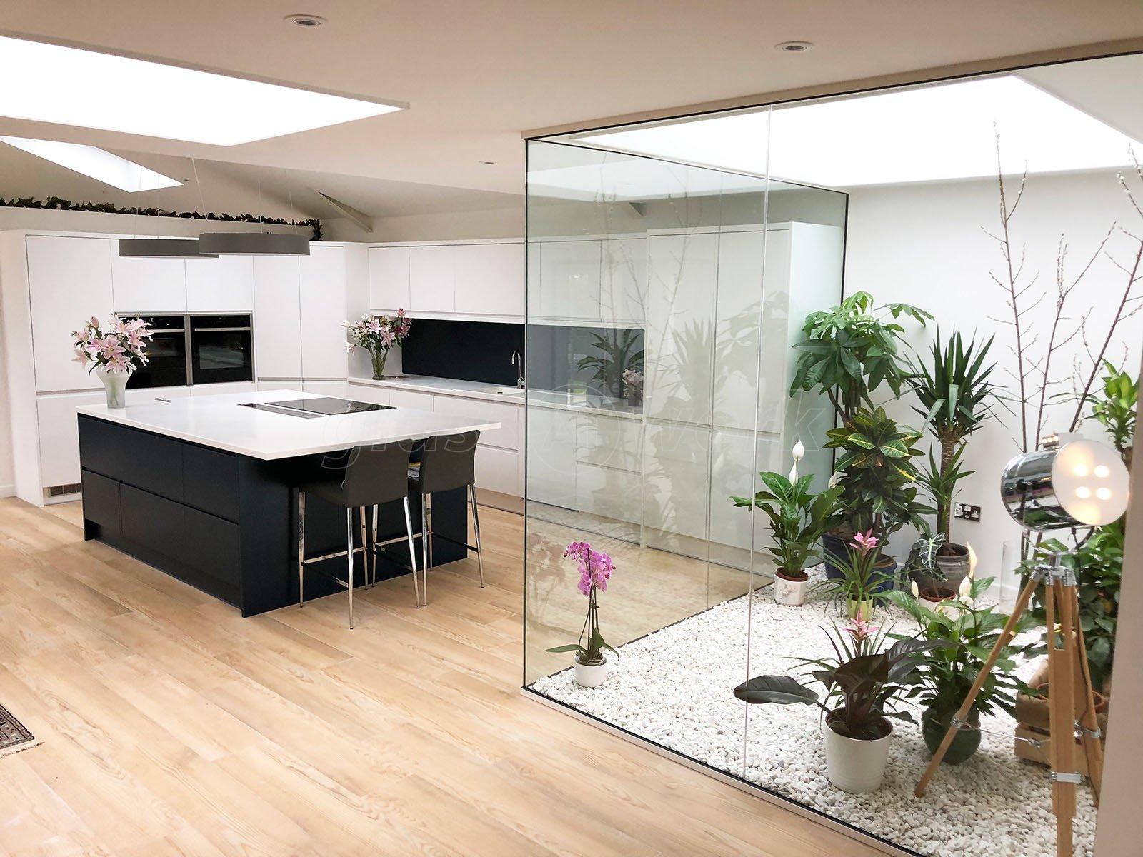 Single glazed frameless glass office partitioning - Office supplies cheltenham ...