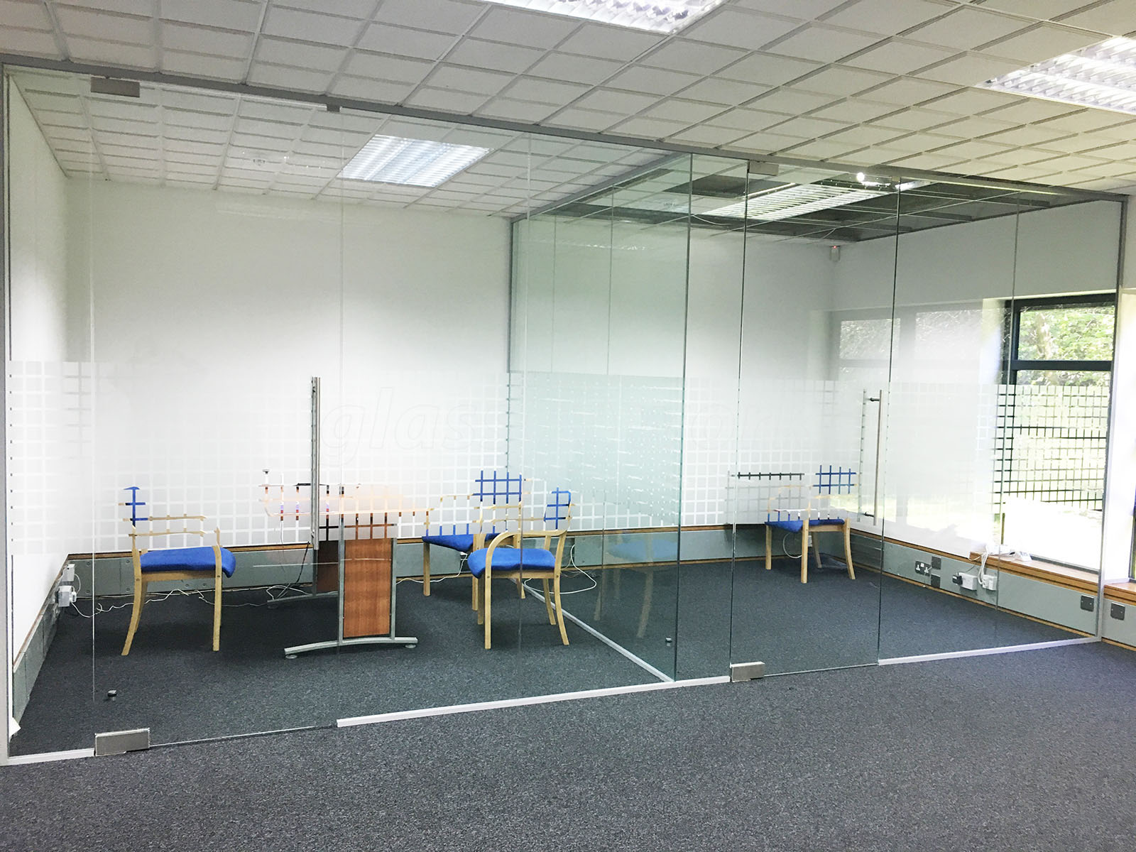Glass partitioning at park gate mortgage protection ltd for Opening glass walls