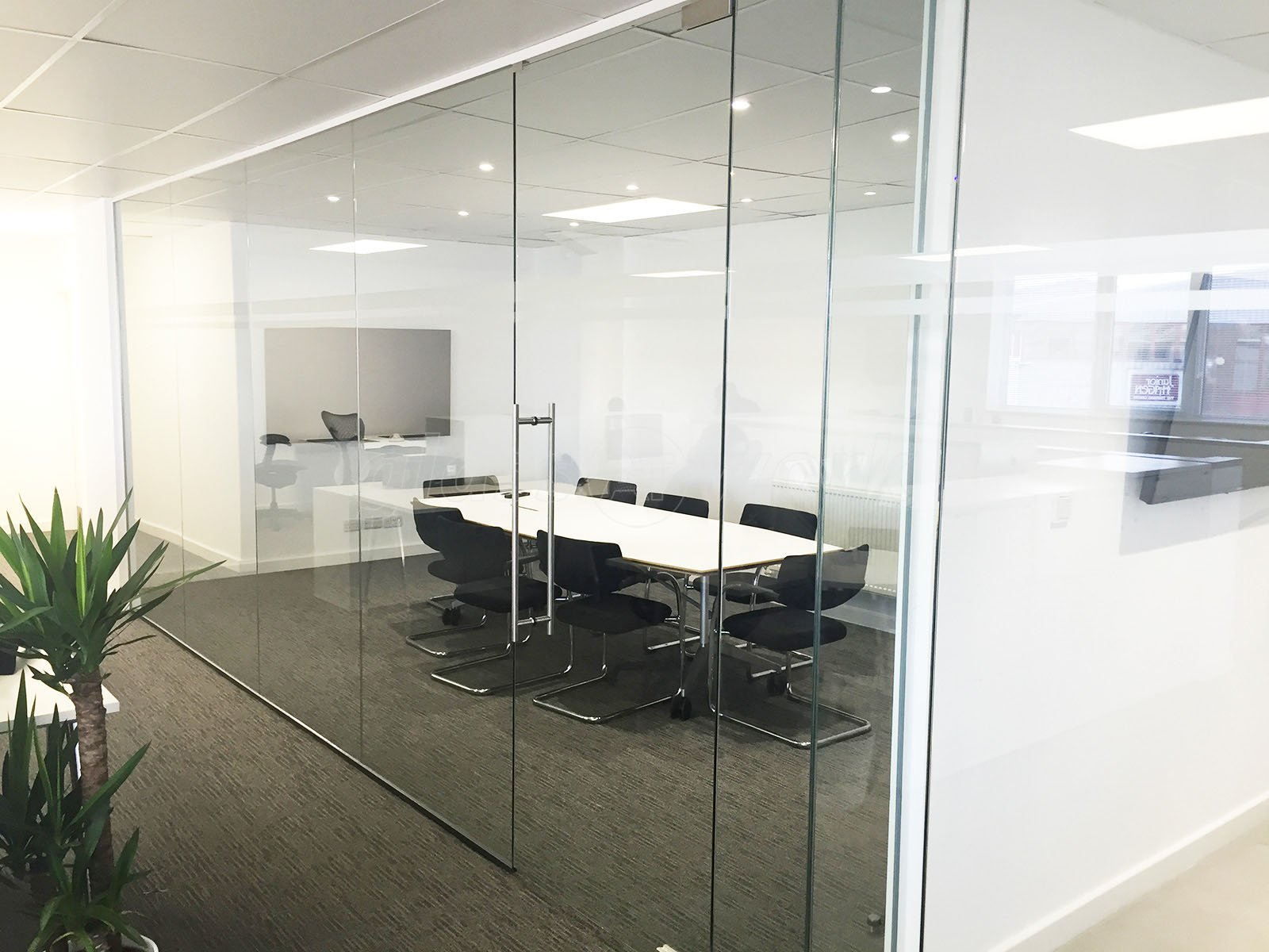 glass partitioning at mj property investments uk ltd london
