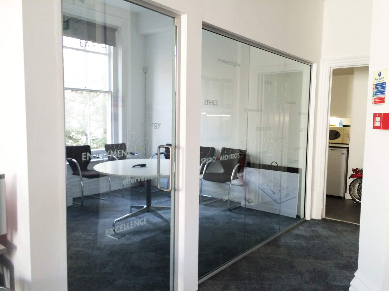 Glass partitioning at studio e architects london glass for Studio partition
