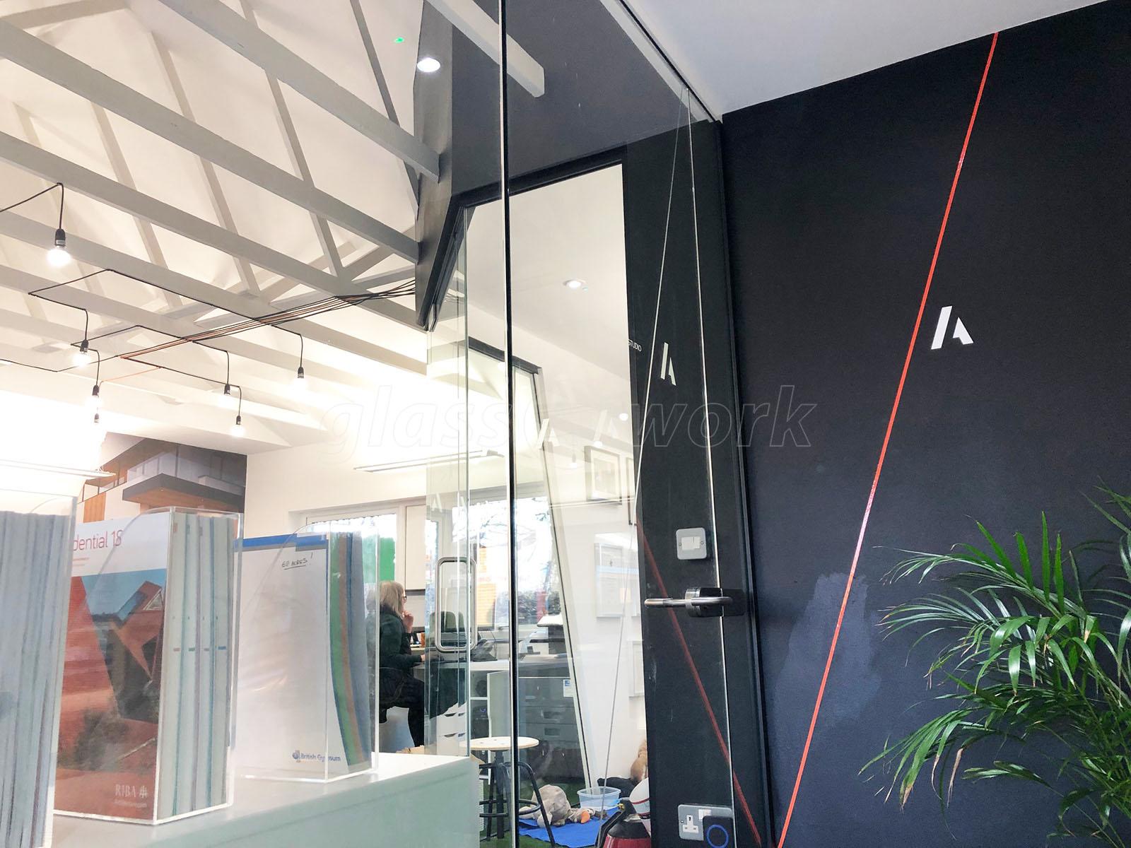 0eb48d59132 Glass Partitions at Acres Architects (Nottingham