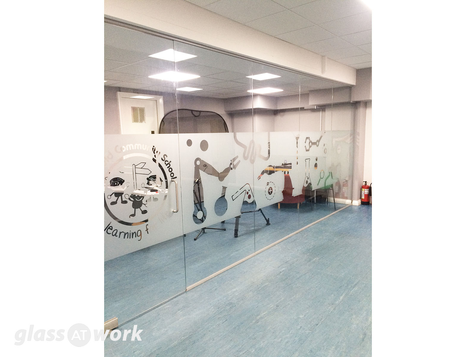 Glass Partitioning at Parkfield Community School (Birmingham): Glass ...