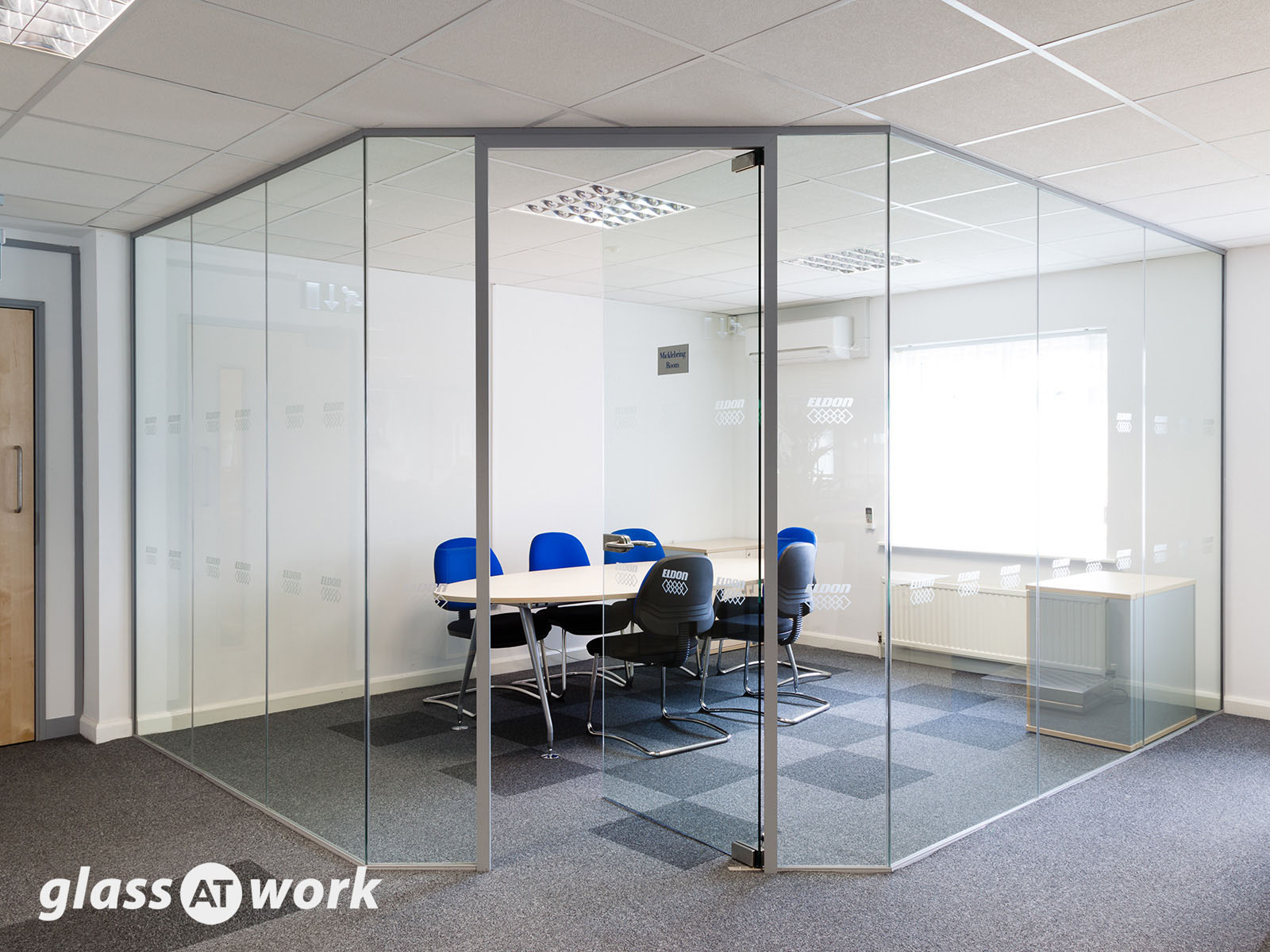 frameless single glazed glass office partitioning