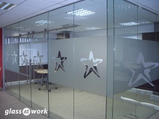 Manet Style Sliding Frameless Glass Doors