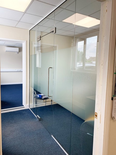 Aston Group (Romford, Essex): Frameless Toughened Safety Glass Wall and Door