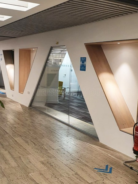 LS Studio London (Spitalfields, London): Raked Double Glazed Partition Using Acoustic Glass
