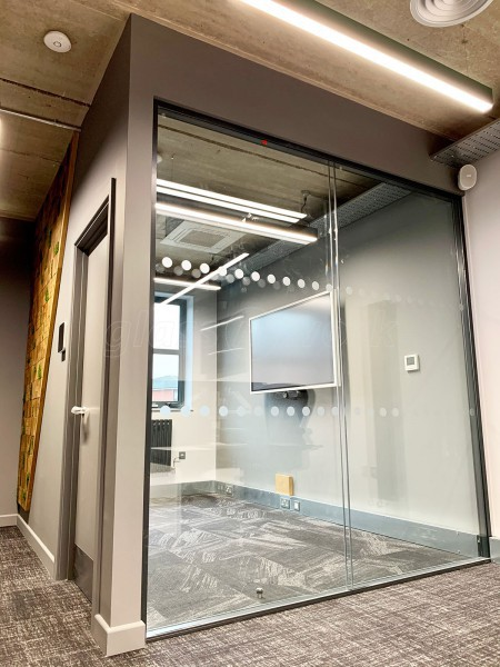 ABR Projects Ltd (Chesterfield, Derbyshire): Glazed Walls & Corner Room in Double Glazed Acoustic & Toughened Glass