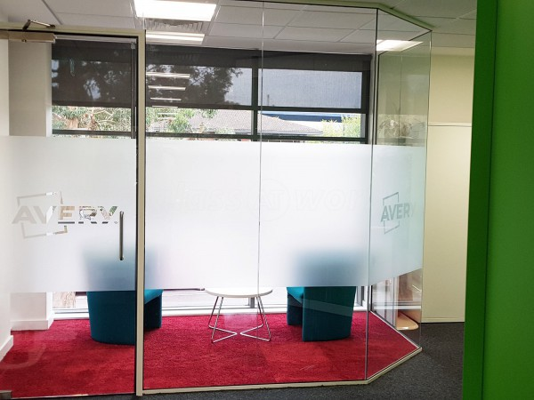 Avery (Maidenhead, Berkshire): Glass Corner Meeting Room