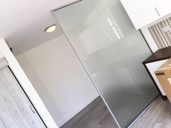 Decorean Ltd (Lewisham, London): Office Glass Wall Divider Open Ended Partition