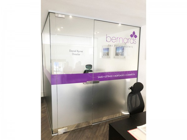 Bernards Estate Agents Ltd (Southsea, Hampshire): Frameless Glazed Corner Office