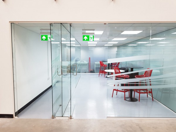 Woodstock Trading Company (Hereford, Herefordshire): Glass Partitioning With Extra Wide Frameless Doors