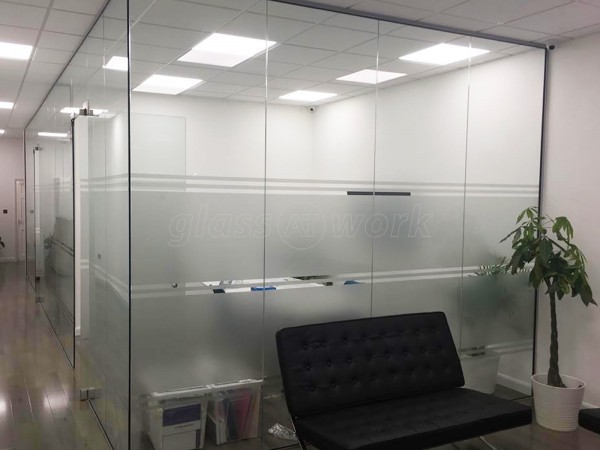 I Z Energy Limited (Ilford, London): Frameless Glazed Office Space Using Toughened Glass