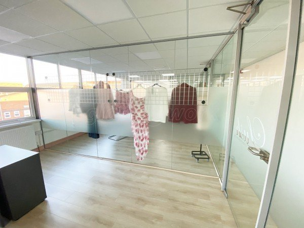 Lush Fashion Limited (Leicester, Leicestershire): Multiple Glazed Offices Using Toughened Frameless Glass