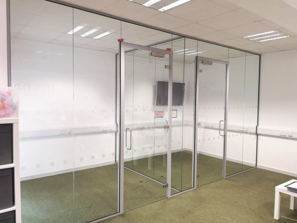 Unloc (Portsmouth, Hampshire): Side-by-side Acoustic Glass Office Refurbishment