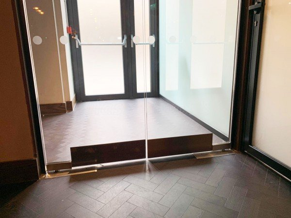 Bliss Hospitality (Piccadilly, London): Frameless Double Glass Doors