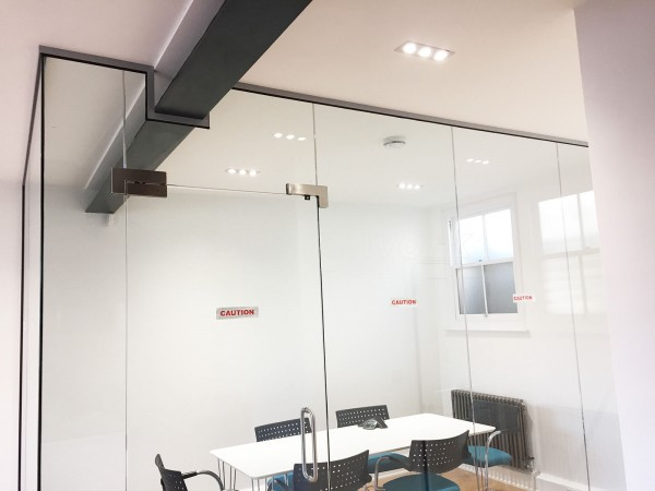 Alexander Oliver Construction Ltd (Hove, Brighton): Glass Corner Office Partition