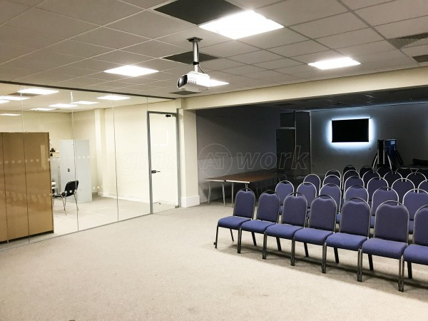 Hope City Church (Hereford, Herefordshire): Acoustic Glass Wall And Door [with soundproofing]