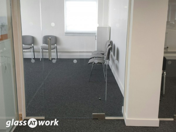 Costain Group PLC (Tonbridge, Kent): Glass Partition Walls