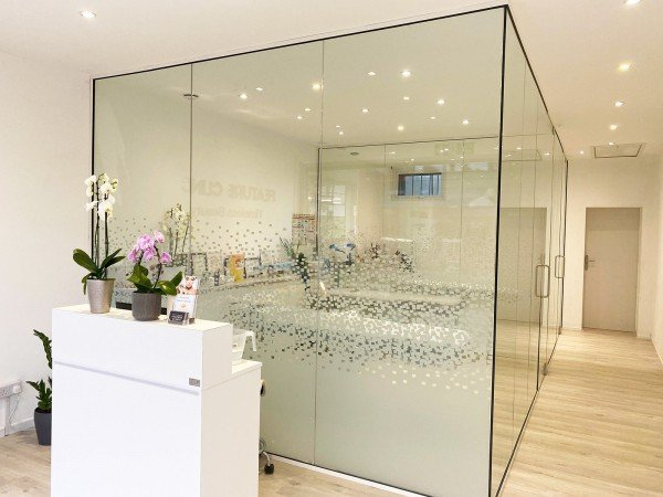 Feature Clinic (Welling, Kent): Glass Treatment Rooms With Glazed Separation Wall