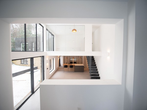Ashbrook Homes (Pangbourne, Berkshire): Clear Frameless Acoustic Glazing On A Mezzanine