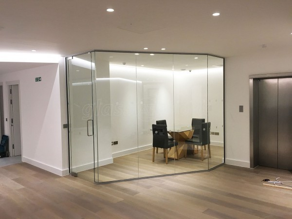 London Villa Ltd (Marylebone, London): Contemporary Glass Office