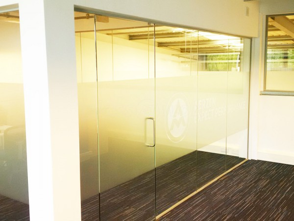 Aerzen (Rotherham, South Yorkshire): Fire Rated Glass Partitioning and Non-Fire Glass Corner Room