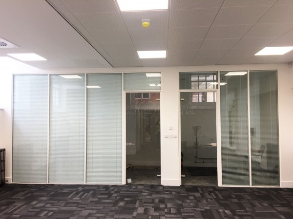 Frencon Construction Limited (High Wycombe, Buckinghamshire): Double Glazed Office Screens With Integral Blinds