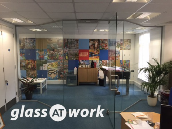 Gibson Games (London): Angled Glass Partitioning