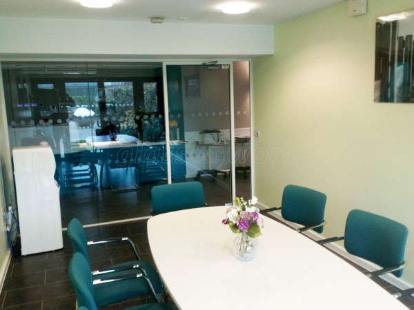 St Andrews Hospice (Grimsby, Lincolnshire): Meeting Room Glass Office Screen And Door