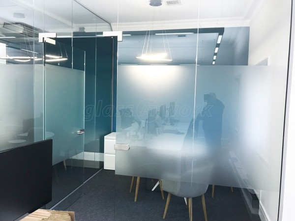 Holy Trinity Brompton (Kensington, London): Glass Meeting Rooms