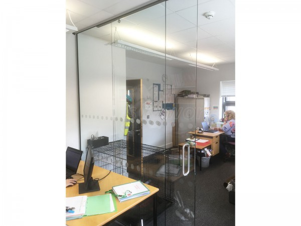 Skinner Construction Limited (Devon): Top Hung Glass Sliding Door