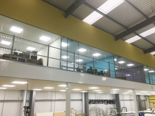 Glass partitioning at canvasman ltd baildon west for Office design west yorkshire