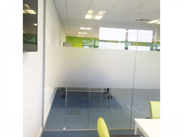 Healthy Performance (Southam, Warwickshire): Inline Glass Office Partitions