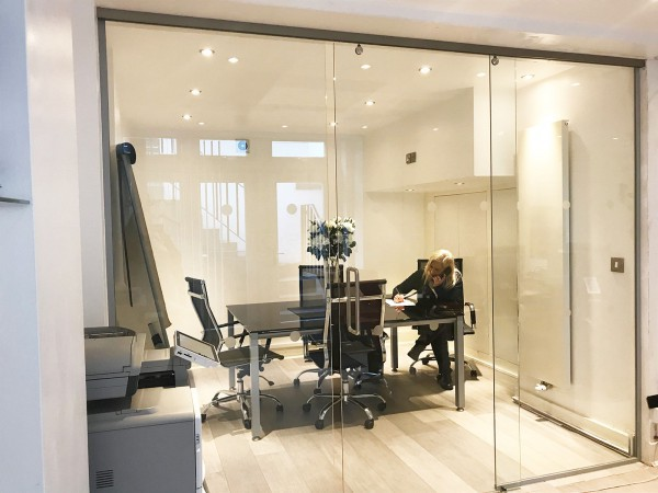 Mobile Homes Sales and Lettings Ltd (Westminster, London): Glass Walls and Doors