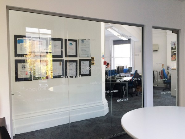 Studio E Architects (Southwark, London): Glass Office Partitions With Bespoke Window Film