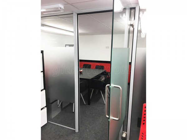 Mathnasium (Radlett, Hertfordshire): Office Glass Partitioning (With Soundproofing)