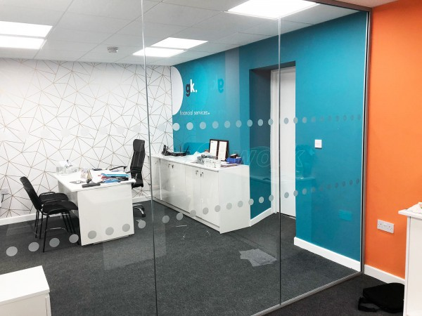 Golden Key Property Ltd (Leamington Spa, Warwickshire): Inline Single Glazed Toughened Glass Partitions