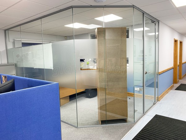 Isoma Limited (Swadlincote, Derbyshire): Laminated Acoustic Glass Corner Room With Logo