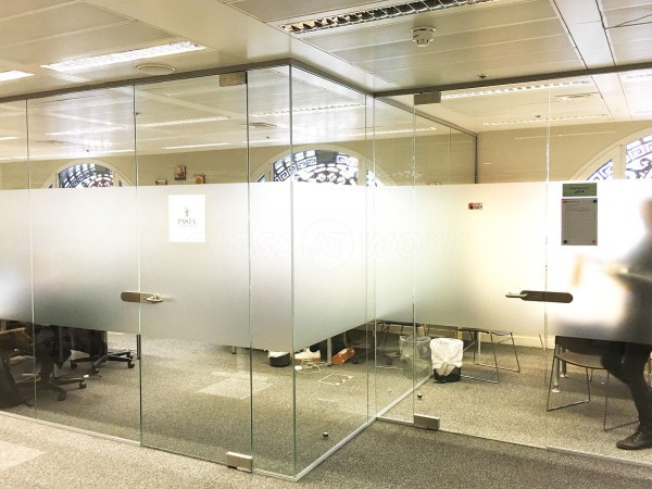ESF Design Ltd (Farringdon, London): Frameless Toughened Safety Glass Partition Walls
