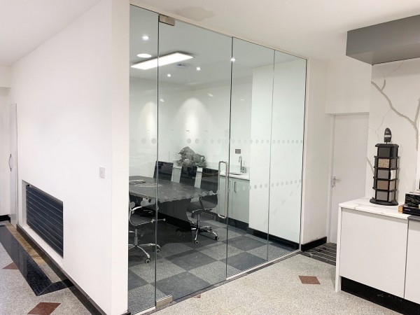 Natural Granite (Burngreave, Sheffield): Toughened Frameless Glass Office Partition