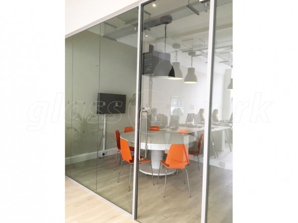 Open Room Events (Ealing, London): Laminated Acoustic Partitioning