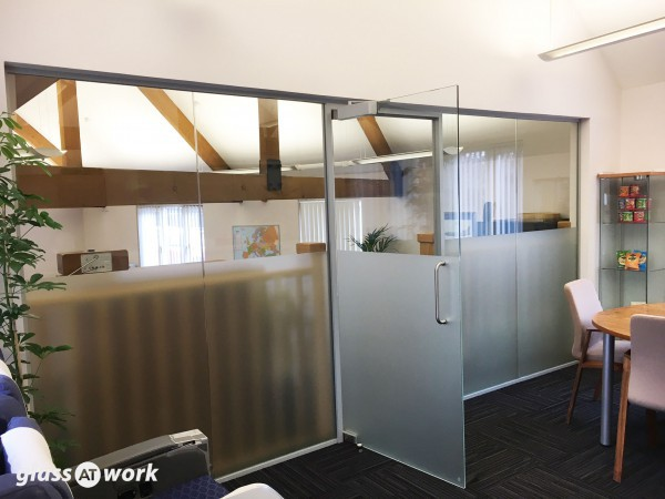 Portfolio Partners Ltd (Twyford, Berkshire): Glass Partition