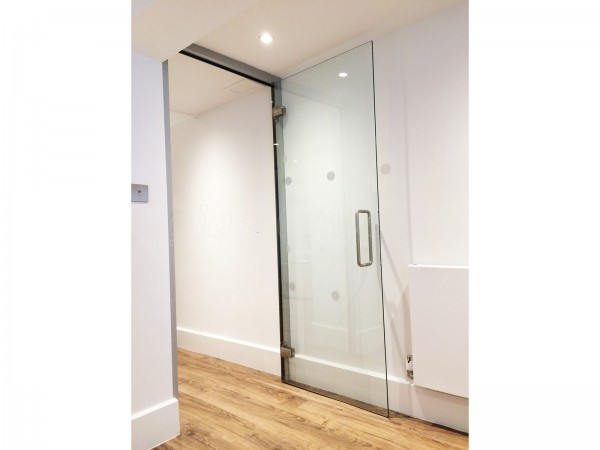 Quietus Management (Westminster, London): Acoustic Interior Glazed Walls