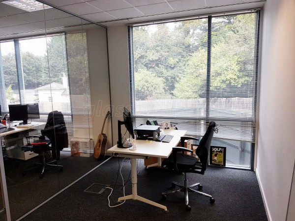 Sitec Infrastructure Services (Camberley, Surrey): Toughened Glass Corner Room