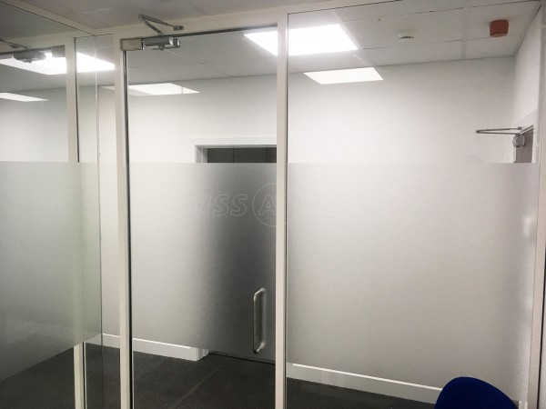 Interest Free 4 Cars (Hull, East Riding of Yorkshire): Acoustic Glass Offices With Framed Doors & White Perimeter Track