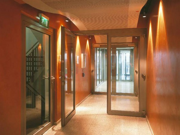 30/30 Fire Rated Steel Framed Glass Partitioning