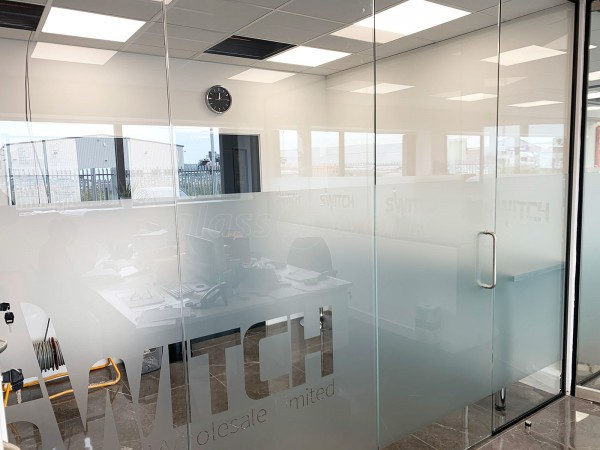 Switch Electrical Wholesale Limited (Peterborough, Cambridgeshire): Toughened Glass Offices and Meeting Rooms